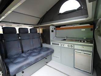 joko vi bus modell auf basis des renault traffic bei joko. Black Bedroom Furniture Sets. Home Design Ideas