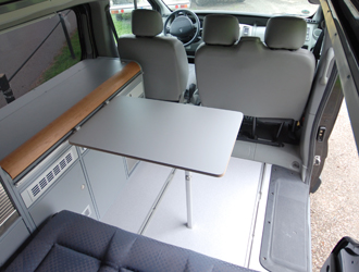 joko vi bus modell auf basis des renault traffic bei joko wohnmobil. Black Bedroom Furniture Sets. Home Design Ideas