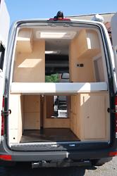 sprinter wohnmobil. Black Bedroom Furniture Sets. Home Design Ideas