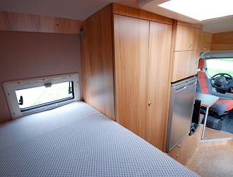 Etagenbett Eingebaut : Individualausbau fiat ducato mit etagenbett von joko wohnmobil